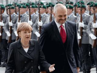 Pa Merkelin, nuk do shkoja në Beograd