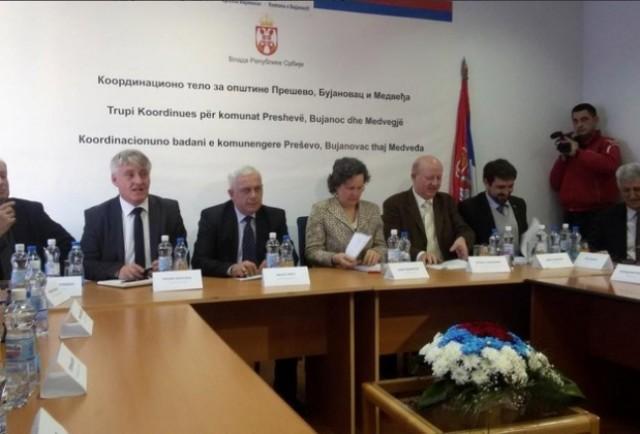Rifillon dialogu mes shqiptarëve të Luginës dhe Qeverisë së Serbisë