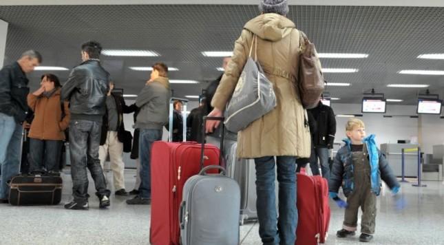 Azilkërkuesit shqiptarë, probleme në 8 shtete të BE, rrezikohen vizat