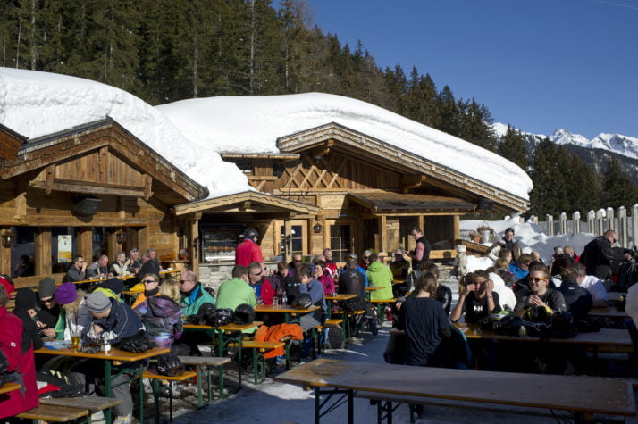 epa08293578 (FILE) - Tourists enjoy a sunny winter day in front of a restaurant at a ski resort in St. Anton am Arlberg, Austria, 12 January 2012 (reissued 14 March 2020). According to reports, the Austrian government has put popular touristic areas, Heiligenblut am Grossglockner, Paznautal, including Ischgl, and St. Anton under quarantine amid the ongoing Coronavirus crisis.  EPA-EFE/STR AUSTRIA OUT
